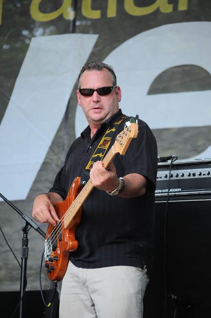 FJB Bass